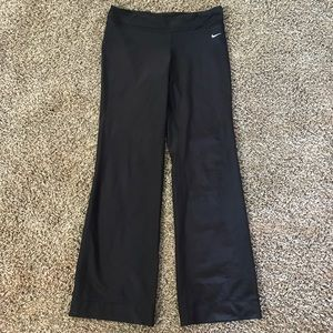 Nike Dri Fit Yoga Pants Women's Size MT Medium